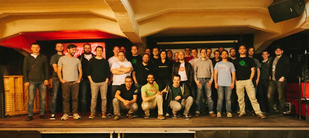 Gruppenbild-Hackathon-Leipzig-2015